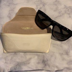 Valentino Studded Sunglasses V606S
